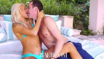 Amateur babe sells her ring and banged by pawn keeper