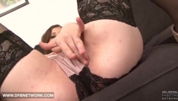 Amateur Gets A Mouth Full Of Cum