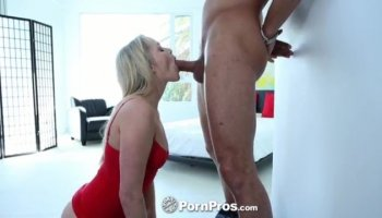 Teen thief Naiomi Mae fucked by a horny officer