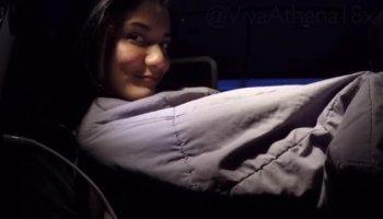 Alaina Fox picks Anastasia Morna's pussy up