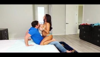 Nikky Thorne gets banged by an older guy